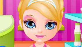 Cuisiner avec bébé Barbie